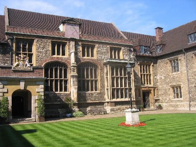 Charterhouse,_EC1_-_geograph.org.uk_-_27285